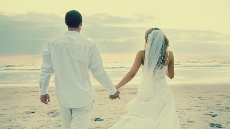 المصري لايت / «أشرف» سأل رواد مواقع التواصل عن الزواج ...