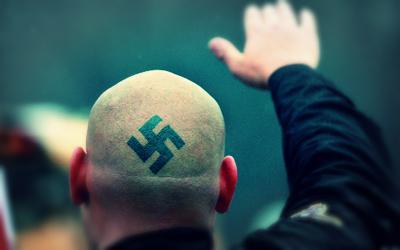 قصة «النازيون الجدد»: يخططون لهجمات إرهابية ضد المسلمين و«ترامب» يتبرأ منهم  - المصري لايت
