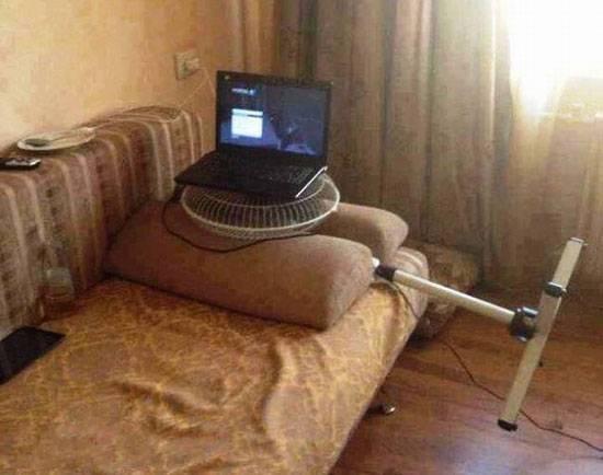 fan-under-laptop
