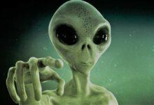 «سئمت رجال الأرض».. امرأة تقع في غرام كائن فضائي بعدما اختطفها