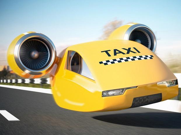 """تصنيع التاكسي الطائر.. """"يحمل 4 أفراد ويقوم بـ15 رحلة يوميًا"""""""