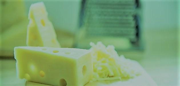 الجبن والتسمم الغذائي
