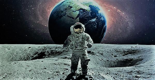 عمرها 50 عامًا.. «ناسا» تكشف عن أول سيارة وضعتها على سطح القمر (صورة)