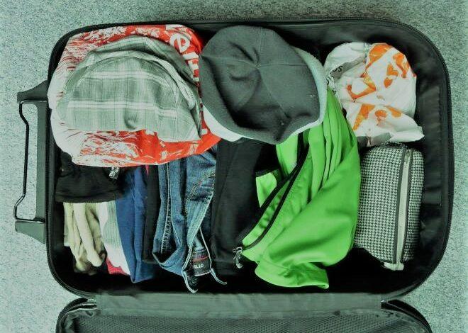 دائمًا تُنسى وسط التحضيرات.. 10 أشياء ضرورية لترتيب حقيبة السفر