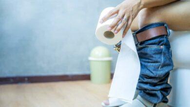 تجنب الكافيين وجرب ماء الأرز .. أسرع طرق لتخفيف الإسهال بالعلاجات المنزلية